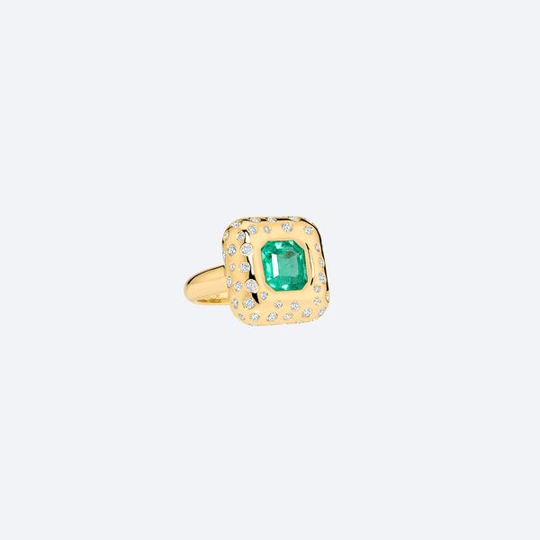 Anel-Sekhmet-Esmeralda-com-Diamantes